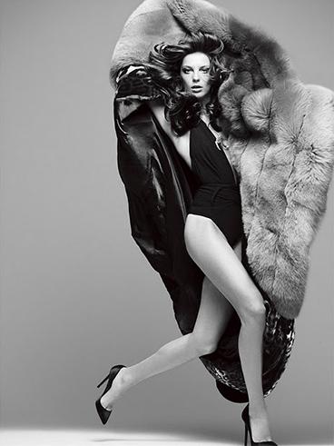 Daria Werbowy photo with fur coat