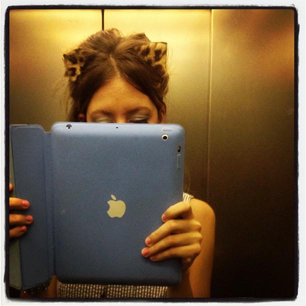 LADY_fur_ears_leopard_fur