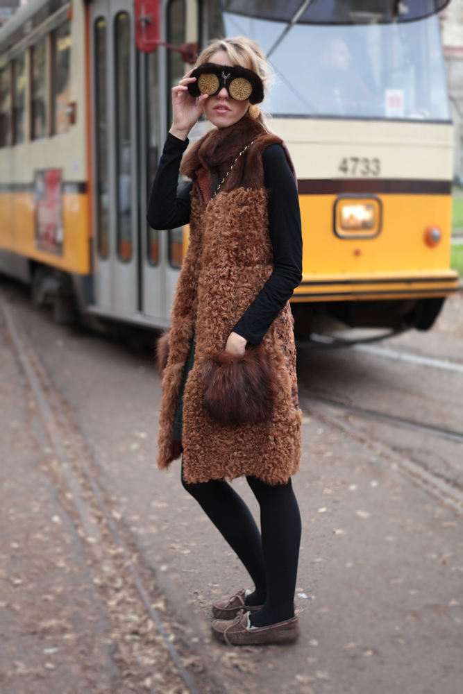How to wear a fur gilet in winter