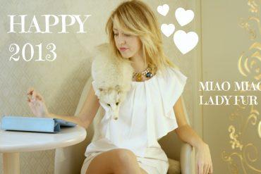 lady_fur_coat_fox
