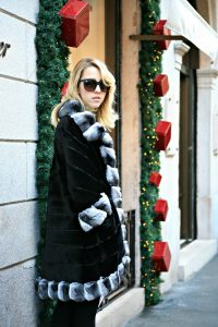 lady_fur_luxury_chinchilla coat