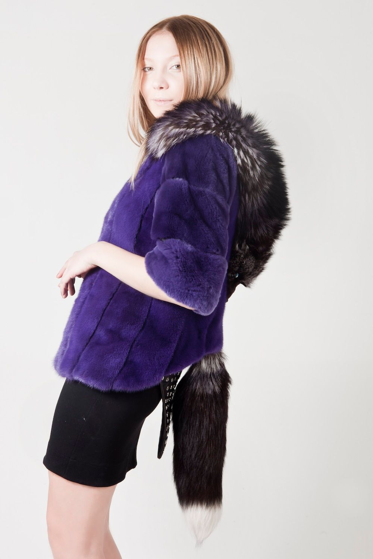 mink_coat_fox_fur_tile_head