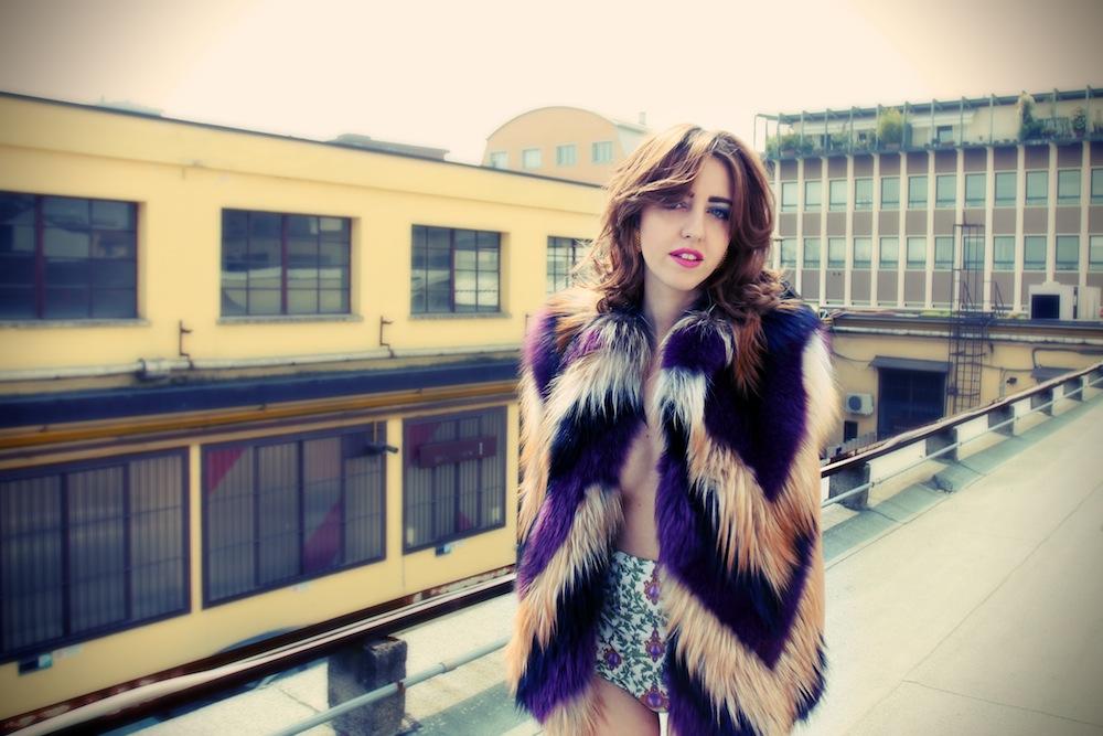 lady_fur_fox_coat
