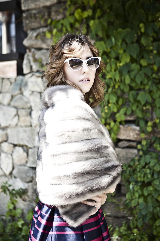 zaffiro_fur_stole_lady_fur