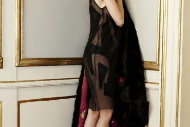 samantha_dereviziis_fur-coat_blogger_lady_fur_shooting_in_kikc_deisgn_studio