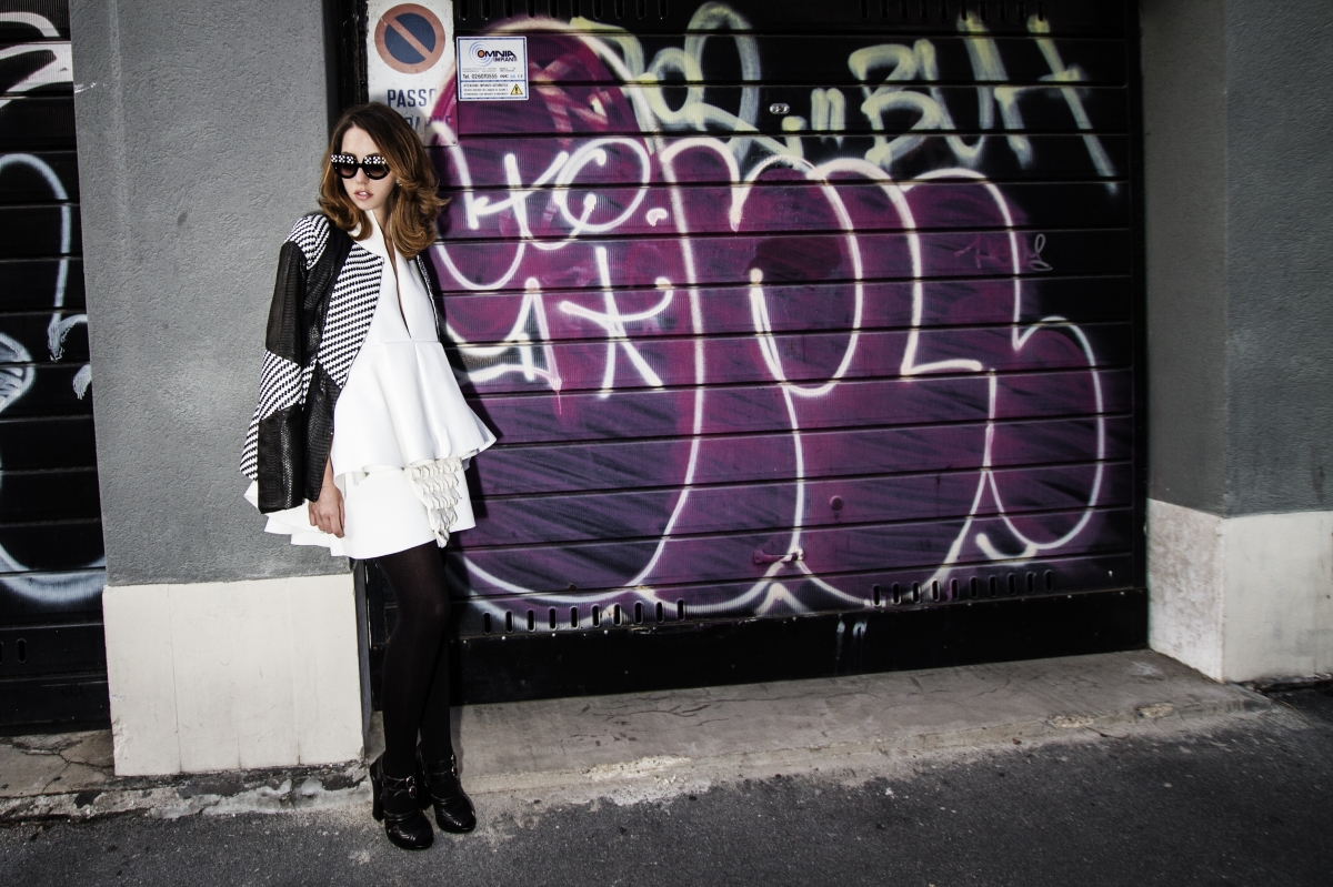 lady_fur_samantha_dereviziis_leather_jacket_vladimiro_gioia_mfw_mario_chiarella_graffitti