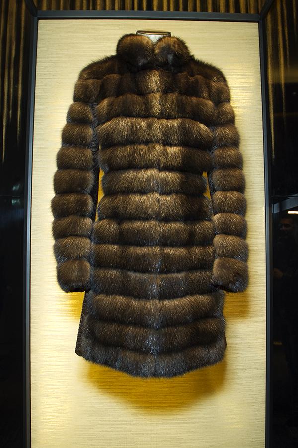 sable_coat_fendi_mila_lady_fur