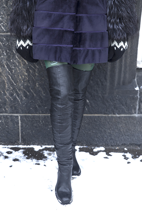 ladyfur_mink_fox_furcoat_prada_sunglasses_strategia_leather_boots_lefluflu_tights_snow_copenhagenfashionweek_kneehigh