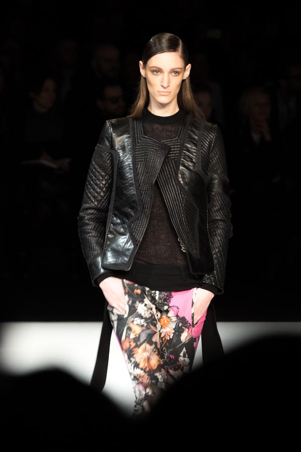 ladyfur_justcavalli_robertocavalli_fashionshow_fallwinter2014_ladyfur_furcoats_backstage_look10