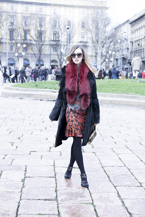 lady_fur_fox_red_stole_roberto_cavalli_mfw_milan_fashion_week