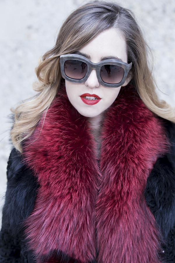 fur_coat_fox_stole_lady_fur