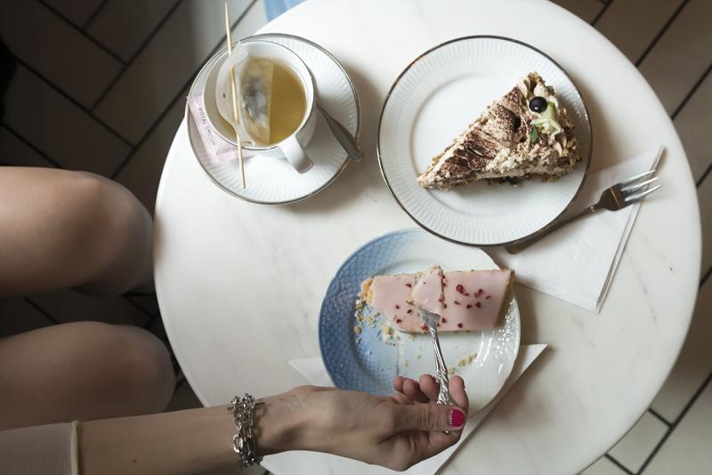 cake_pink_lady_fur_