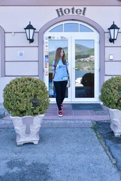 lady fur kastoria hotel