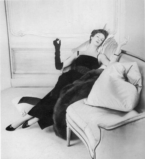marella agnelli divano