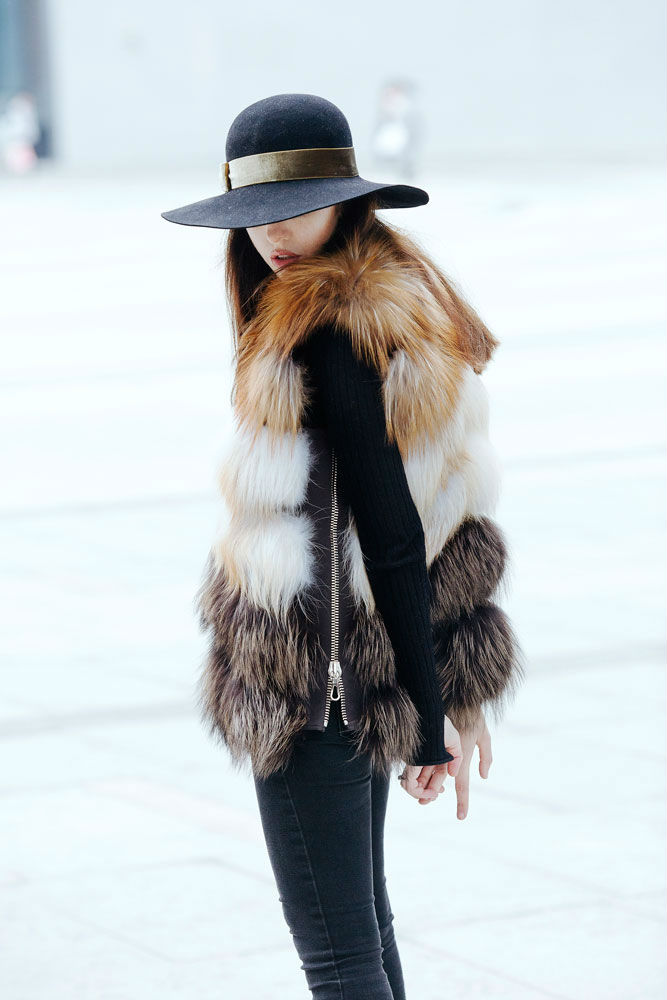 fur vest with fox Punto