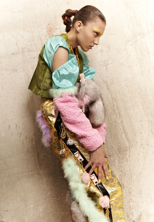 Angela Brandys clothes